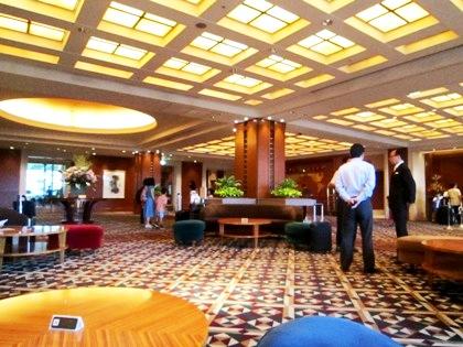 ホテルロビー フロントサービス