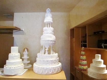 プチプラ婚とは ウェディングケーキ